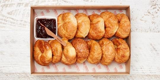 Large Noisette Bakery Croissant