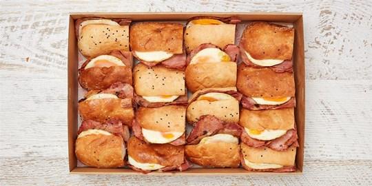 Turkish roll box - Brekky bacon & egg platter (large) (warm)