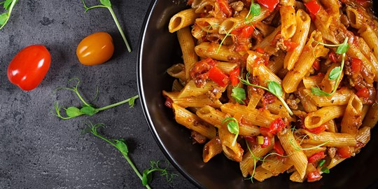 Beef bolognese sauce with penne pasta (450g) (DF)