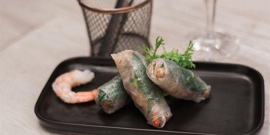 Prawn & crisp vegetable rice paper rolls with chilli & lime dipping sauce (gf)