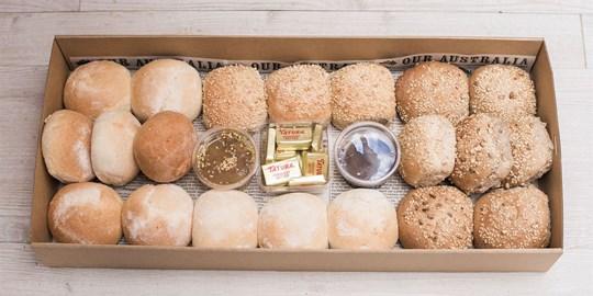 Assorted Dinner Roll Box (B4)