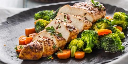 BBQ grilled Cajun chicken breast, roasted sweet potat, seasoned steamed vegetables (450g) Australian Food Awards Gold Medal Winner GF DF