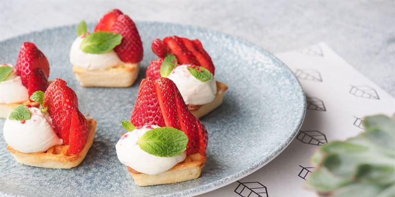 Strawberry Waffle Box
