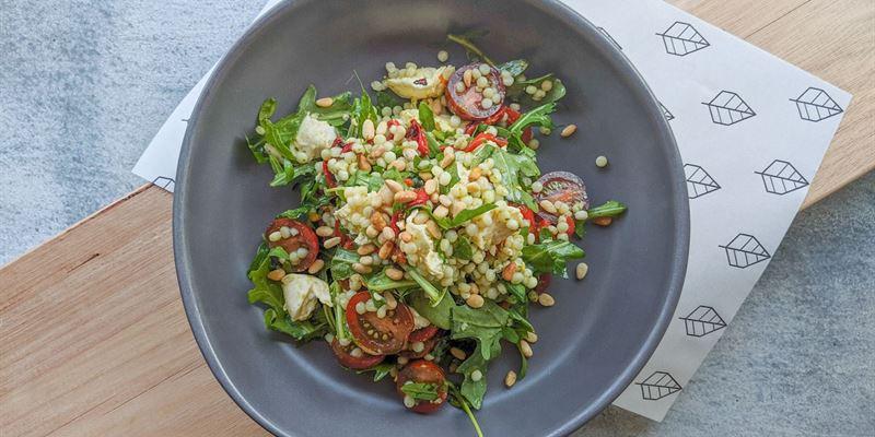 Pesto Pasta Salad (V, Nuts)