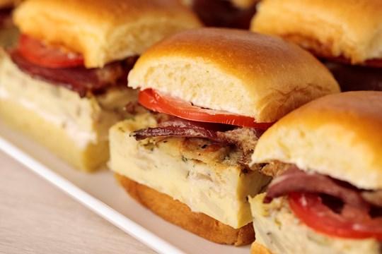 Bacon & Egg Breakfast Sandwiches