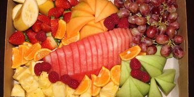 FRESH SEASONAL FRUIT HAMPER