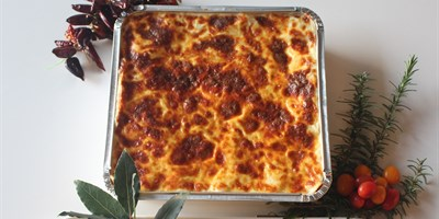 Lasagna Box & Sourdough Garlic Bread