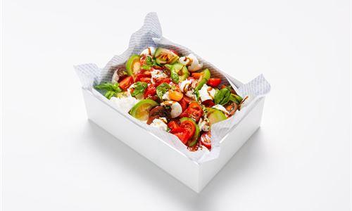 Caprese salad, vine tomato, basil, buffalo mozzarella, EVO, balsamic (GF/V)