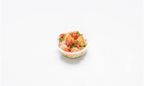 Hot smoked salmon, baby gourmet potatoes, spring onion, garlic and soy mayo