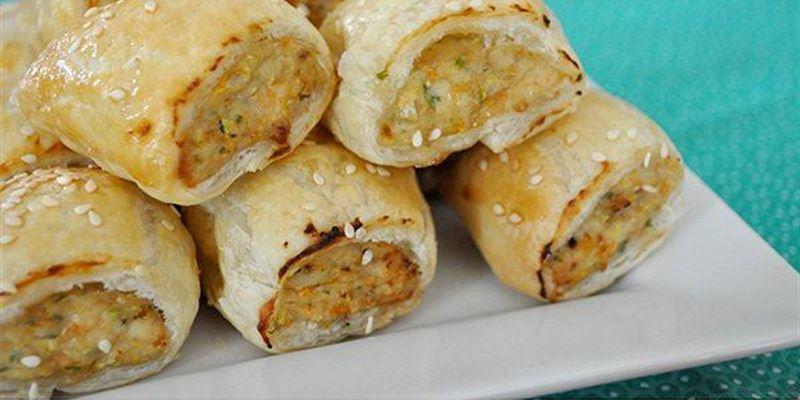 Mini Thai chicken sausage rolls x 12