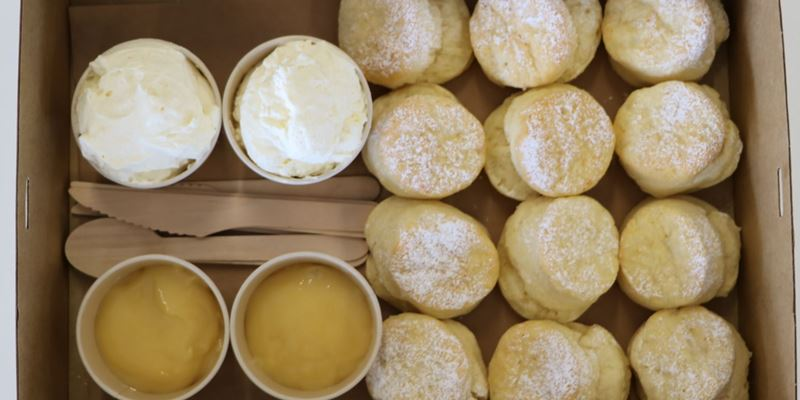 Sweet Scone with Lemon Curd (12 items)