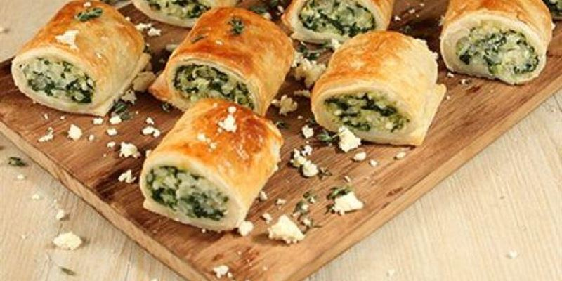 Mini Spinach & Ricotta sausage rolls x 12