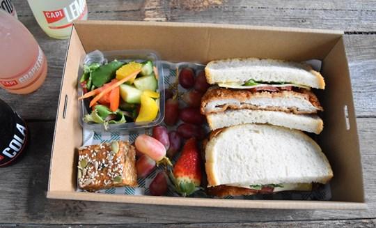 Sandwich Lunch Box 2 (AV)