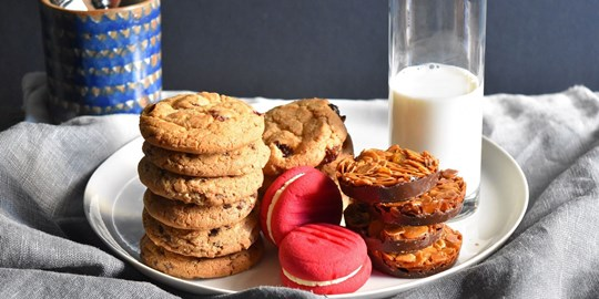 Assorted Gourmet Biscuits (3 per serve) (AG, AD)