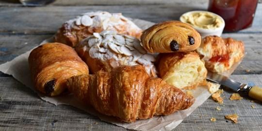 Mini Croissants (2 Per Serve)