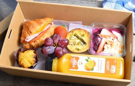 Croissant Breakfast Box