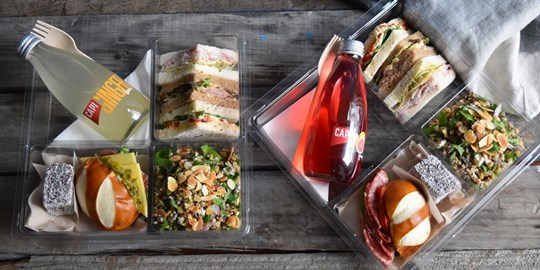 Sandwich and Laugen Lunch Box (AV)
