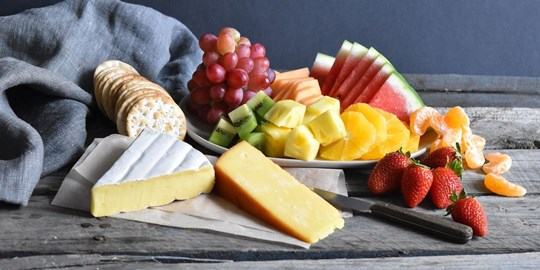 Cheese and Fruit Platter (NF)