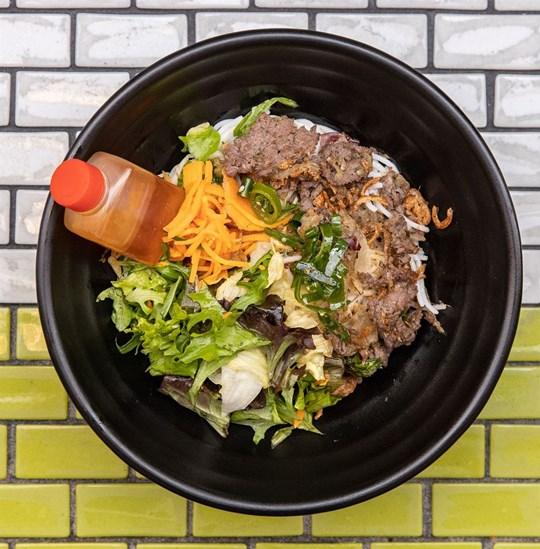 Medium Vermicelli Noodle Salad - Lemongrass Beef (GF) (DF)