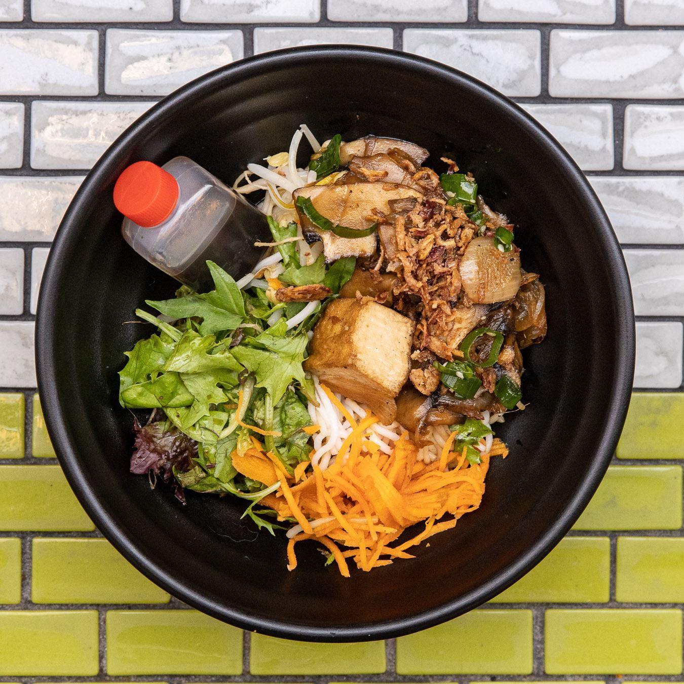 Mini Vermicelli Noodle Salad - Vegan Sauteed Shitake, Enoki & Shimeji Mushrooms