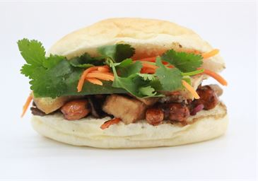 Vegetables with Cashew Nuts Mini Banh Mi