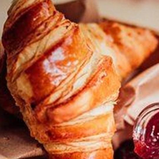 Hot Food - Croissants (mini) with Jam