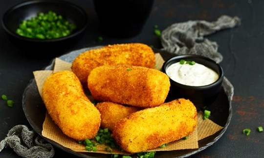 Mac and cheese croquettes