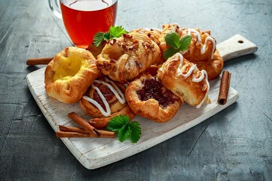 Sweet pastry platter box