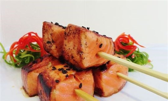 Teriyaki salmon skewers