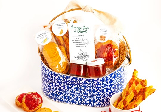 Very Berry Jam & Savory Biscuit Gift Tin