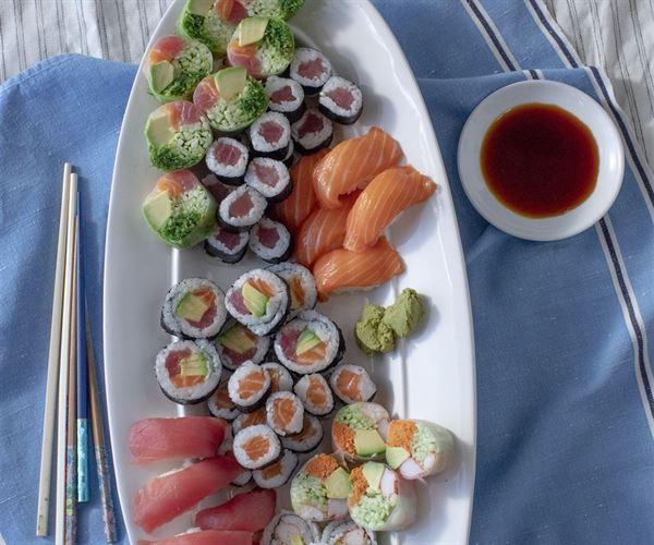 Ocean Delight Sushi Platter