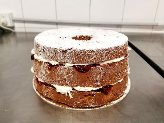 Vanilla chiffon cake with jam and cream