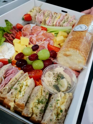 Picnic Nibbles Box - Up To 2 People *GLUTEN FREE*