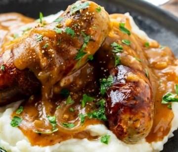 Bangers & Mash with Gravy - Large Tray (serves 4-6)