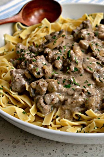 Beef Stroganoff with pasta - Large Tray (serves 4-6)