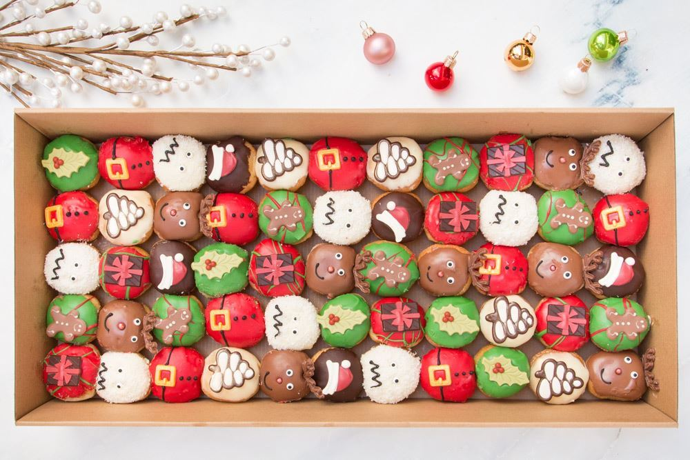 Large Christmas in July Doughnut Collection