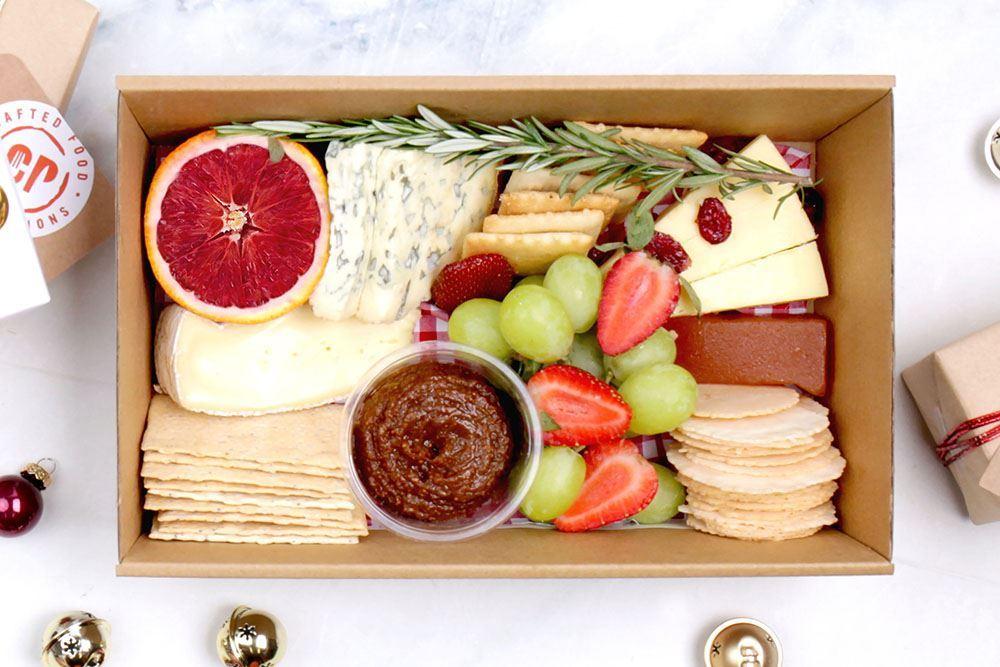 Small Seasonal Cheese Collection (v)