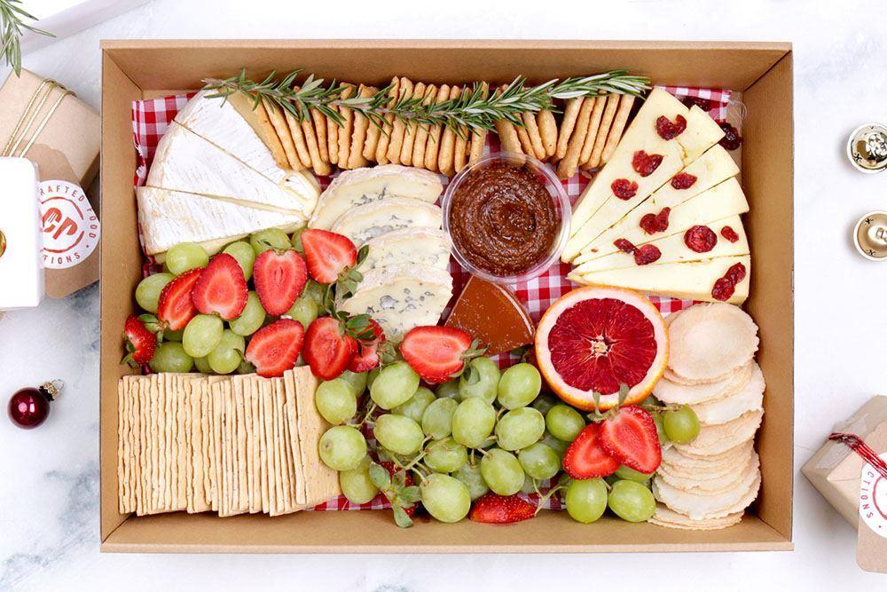 Large Seasonal Cheese Collection (v)