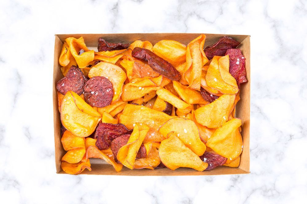 Box housemade sweet potato & beetroot crisps (vegan)