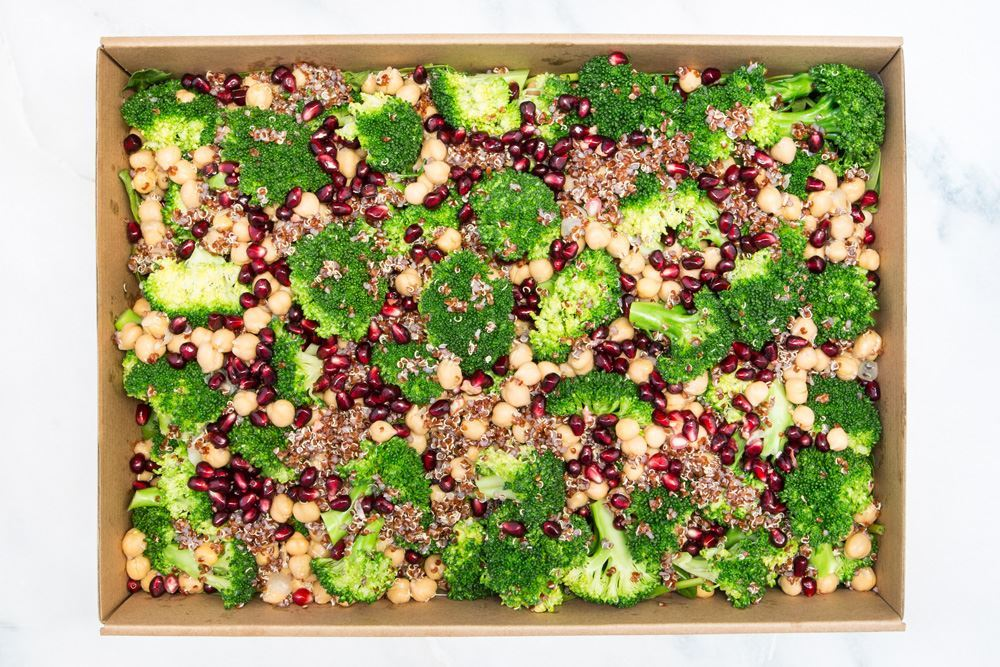 Detox salad; steamed broccoli, chickpeas, pomegranate & red quinoa (gf/df/vegan)